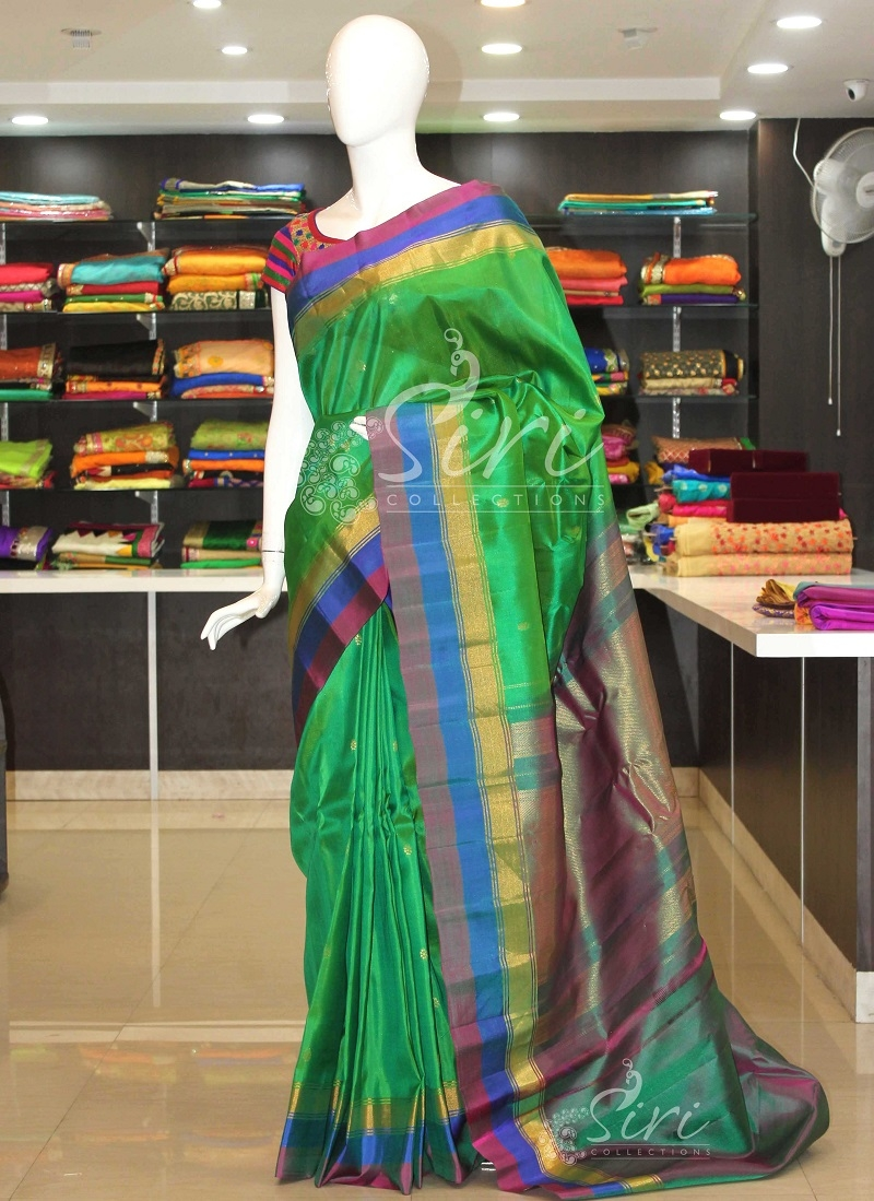 Authentic Pure Gadwal Silk Saree in Green with contrast borders pallu