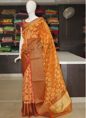 Banarasi Kora Saree in Rich Antique Zari Border