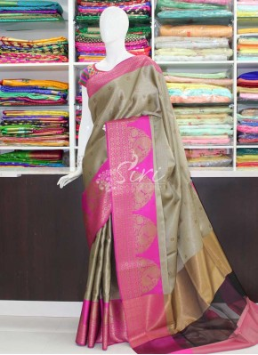 Beautiful Banarasi Saree in Tanchoi Weave
