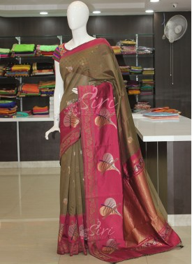 Beautiful Brown Magenta Silk Cotton Saree