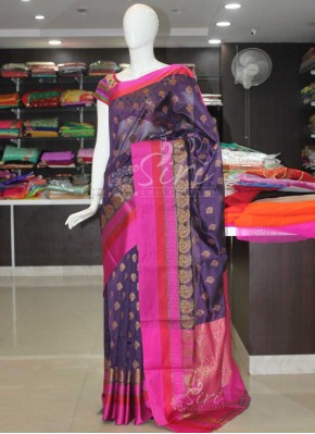 Beautiful Cotton Silk Saree in Rich Pallu