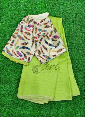 Beautiful Designer Patterned Blouse with Jute Silk Saree