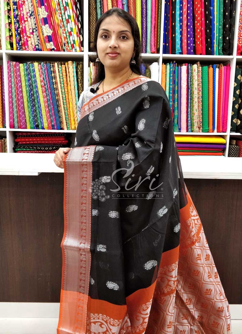 Beautiful Mangalagiri Pattu Saree in Rich Pallu