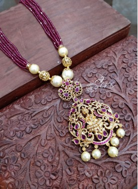 Charming Ruby Coloured Beads Chain in Lakshmi Pend