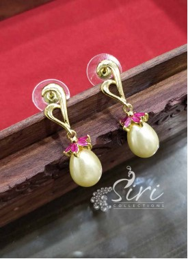 Designer  Earrings in Pearl Ruby