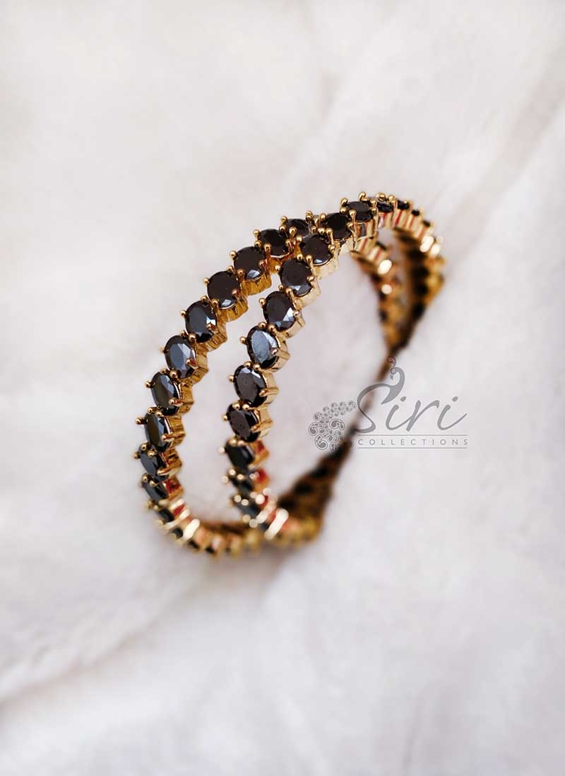 Designer Pair of Black Stone Bangles