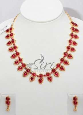 Elegant Look Kemp Stone Necklace Set with Matching Earrings