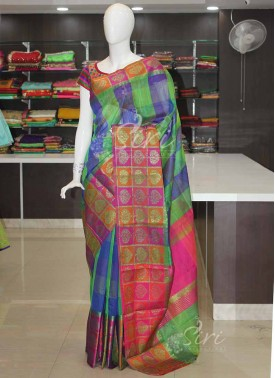 Green Blue Checks Saree in Multi Colour Checks Border