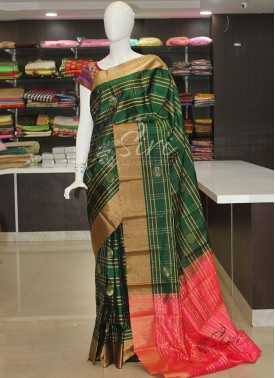Green Pink Pure Soft Silk Saree in Rich Border Pallu