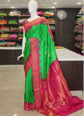 Green Rani Pink Pure Authentic Gadwal Handloom Silk Saree