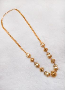 Lovely Chain Necklace in Gold Plated Balls and Sou