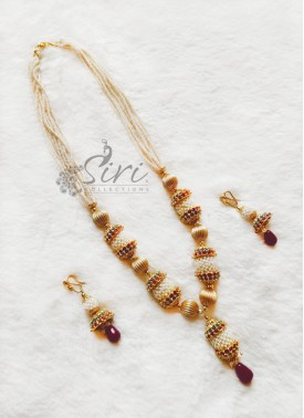 Lovely Necklace Set in Small beads