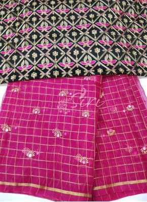 Magenta Organza Saree with Designer Blouse Fabric