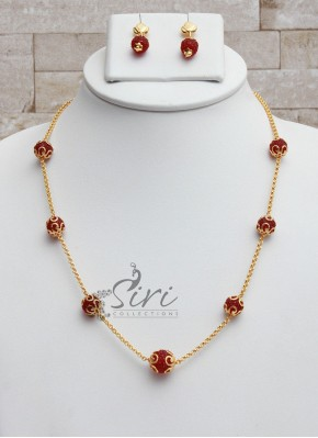 Maroon Fancy Crystal Beads with Gold Plated Chain