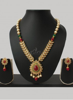 Polki and Pearl Designer Necklace Set