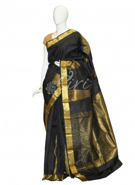 Pure Black Designer Kanchipuram Silk Saree in Temple Design