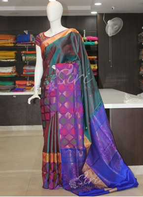 Pure Silk Saree in Double shade Blue Red