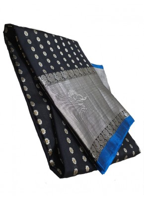 Pure Venkatagiri Pattu Silk Saree in Black and Blue